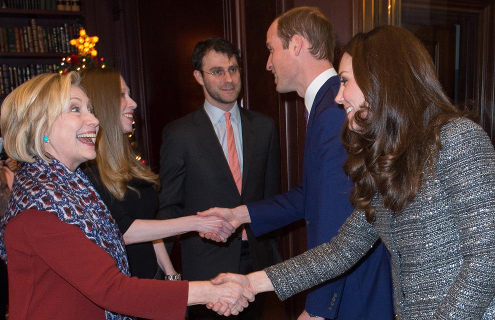 how did queen noor meet her husband