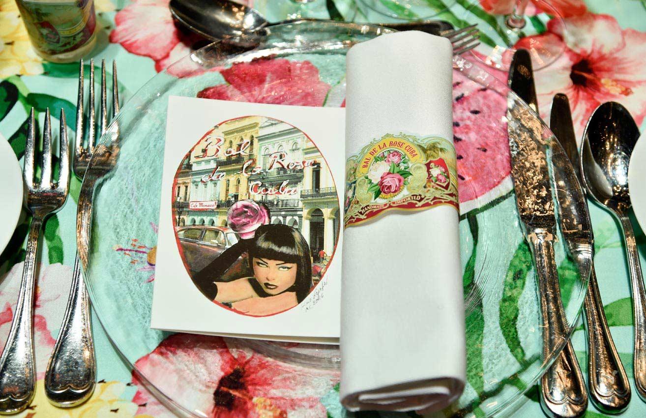 Baile de la rosa 2016 ausencias vestidos de gala y glamour foto - Manteles originales ...