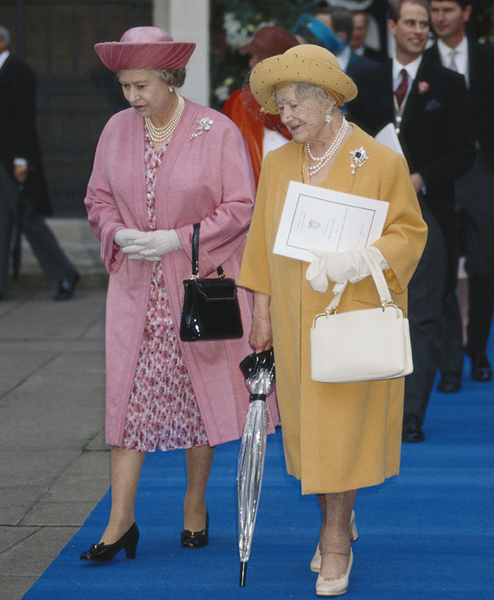 Catorce Anos Sin La Eterna Companera De La Reina Isabel