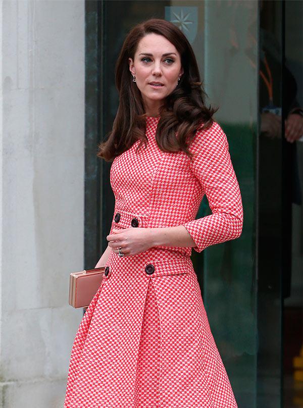 Cuánto cuesta vestir como Kate Middleton?