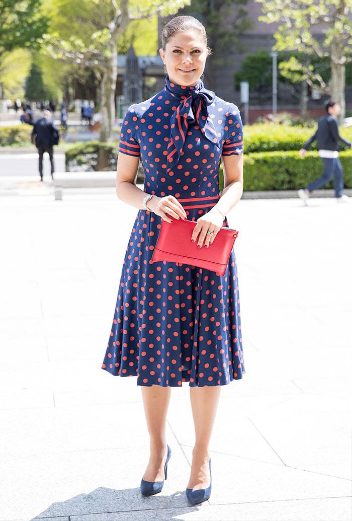 La estilosa maleta que Victoria de Suecia llevó a Japón
