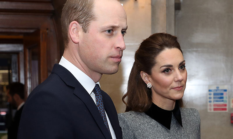 Kate y William rinden tributo a las víctimas del Holocausto