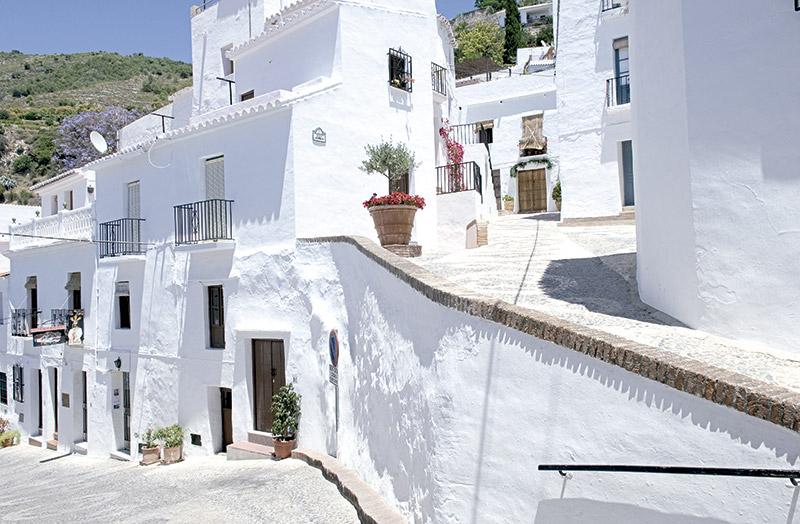 Frigiliana no hay un pueblo blanco y andaluz con m s - Casas gratis en pueblos de espana ...