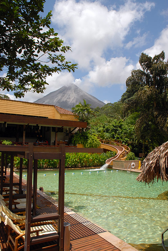 tabacon-lodge-costa-rica-volcan