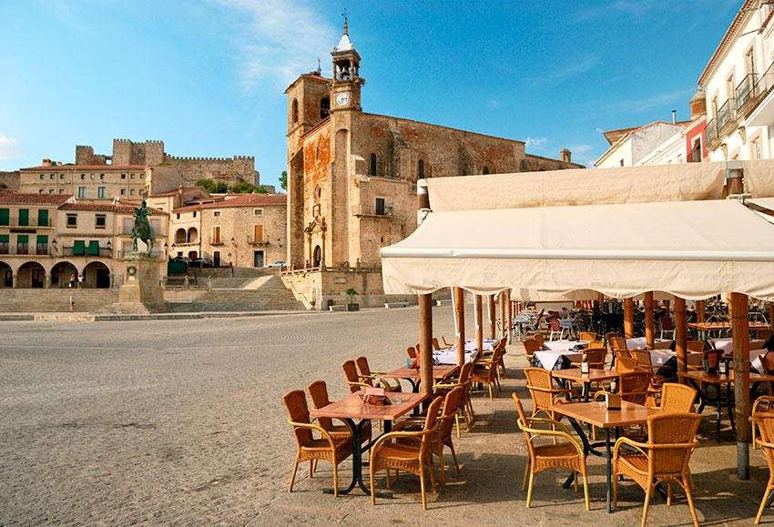 trujillo-plaza-restaurantes